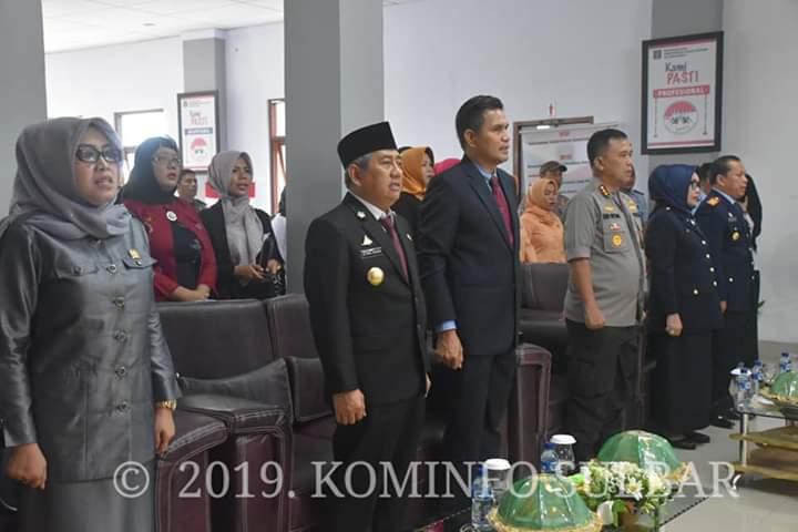 Gubernur Sulawesi Barat, Ali Baal Masdar menghadiri serah Terima Jabatan Kepala Kantor Wilayah Hukum dan Ham yang berlangsung di Kakanwil Kemenkumham Sulawesi Barat, Rabu 27 Februari 2019